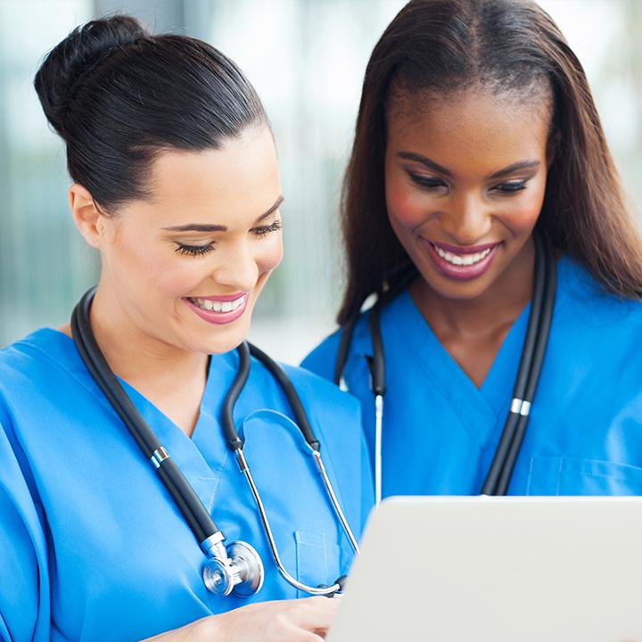 看護師同士で助け合いながら働ける